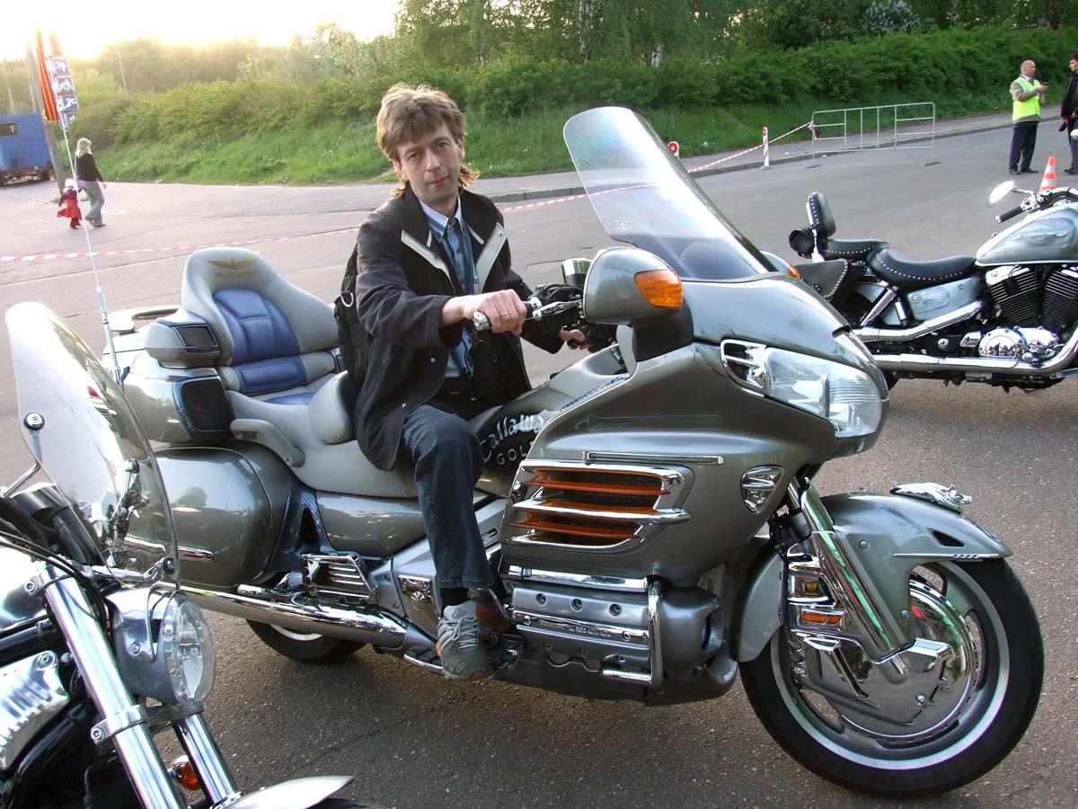 На мотоцикле Ямаха